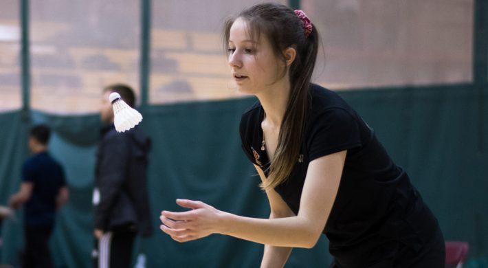 Béatrice Guay Rouge et Or Badminton